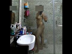 delhi skirt shower