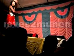 Desi Bhabhi Dances Shorn..