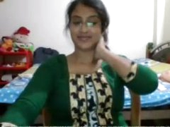 Desi babe equally exceeding..