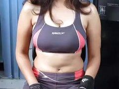 Sexy ke liye pagal bhabhi
