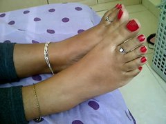 legal age teenager indian legs
