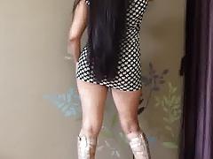 Indian Sheena Roy Chaperone